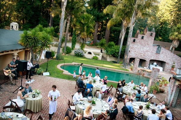 Rustic-Woodsy-Garden-Wedding-by-Claire-Barrett-1