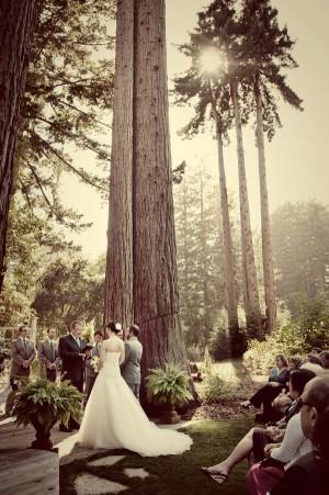 Rustic-Woodsy-Garden-Wedding-by-Claire-Barrett-7