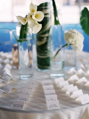 Traditional-Calligraphy-Escort-Cards