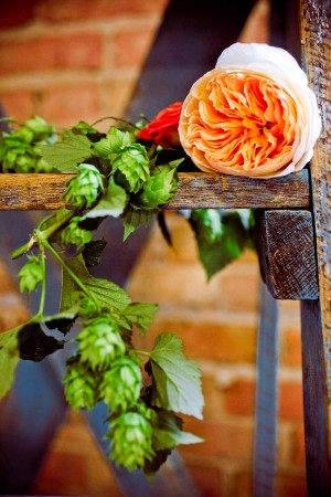 Wedding-Flowers-with-Hops