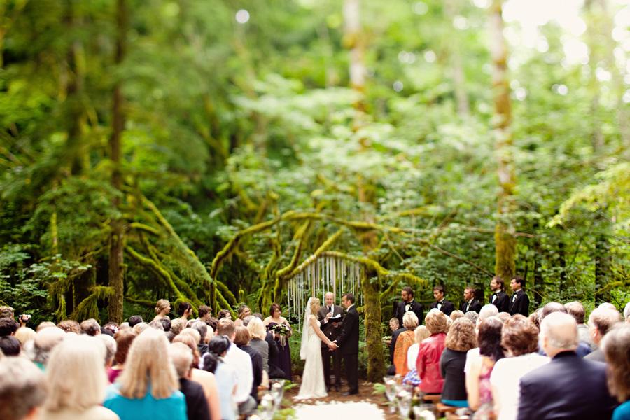 Woodsy Rustic Glamorous Washington State Wedding By Michele Waite 3 Elizabeth Anne Designs The Blog