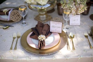 Copper-and-Gold-Metallic-Fall-Wedding-Table-Setting
