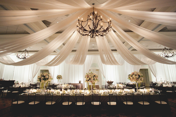 Elegant-Draped-Fabric-Ceiling-Reception