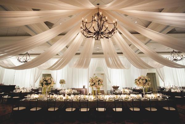 Elegant-Draped-Fabric-Ceiling-Reception