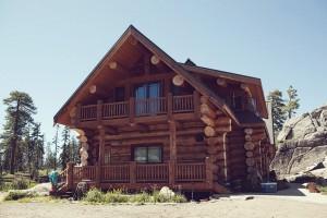 Log-Cabin-House-Wedding