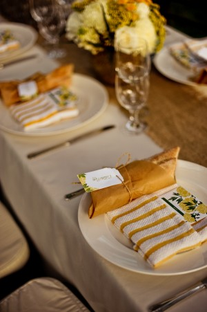 Natural-Vintage-Yellow-Tablescape