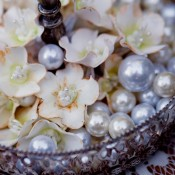 Pearly-Centerpiece