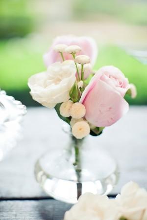 Rose-Bud-Vase-Wedding-Centerpiece