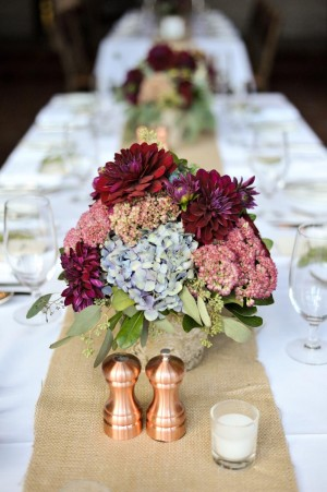 Rustic-Chic-Wine-and-Blue-Centerpiece