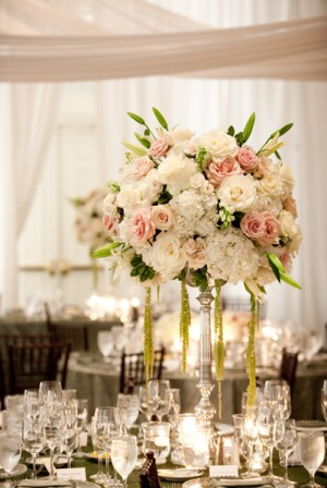 Tall-Rose-Hydrangea-Centerpiece