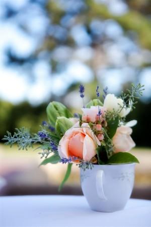 Teacup-Flower-Arrangement