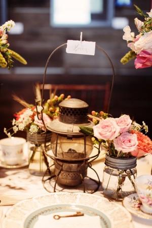 Vintage-Lantern-Centerpiece