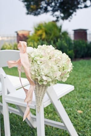 White-and-Blush-Hydrangea-Ceremony-Decor