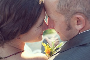 Woodsy-Hideout-Wedding-by-Julia-Wade-Photography-2