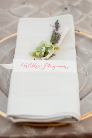Calligraphy-Placesetting-Napkin-Wrap