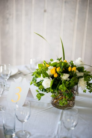 Clean-Yellow-White-Green-Centerpiece