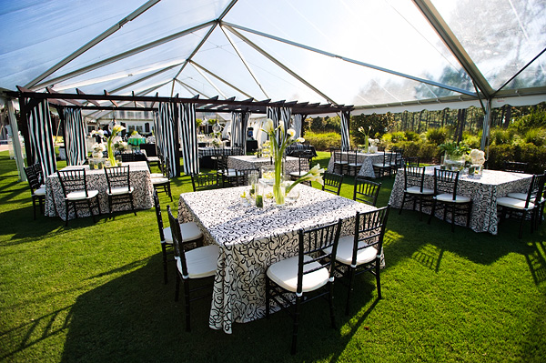 Clear-Wedding-Reception-Tent-Modern-Table-Linens