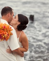 Colorful-Hawaiian-Destination-Wedding-by-Sara-Gray-Photography-5