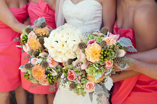 Colorful-Vintage-Bouquets
