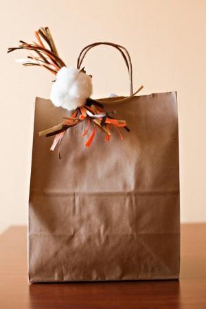 Cotton-Inspired-Wedding-Gift-Bag