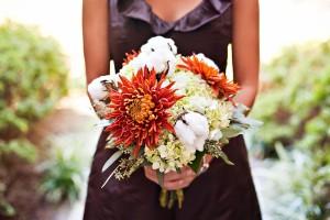 Cotton-Wedding-Bridesmaids-Bouquet