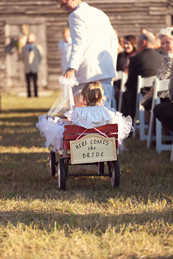 {Real Weddings} Ariel and Phillip - Little Rock, AR - This ... |Flower Girl Wagon Wedding Party