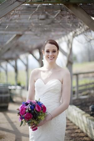Hot-Pink-and-Blue-Virginia-Vineyard-Wedding-by-Kristen-Gardner-6