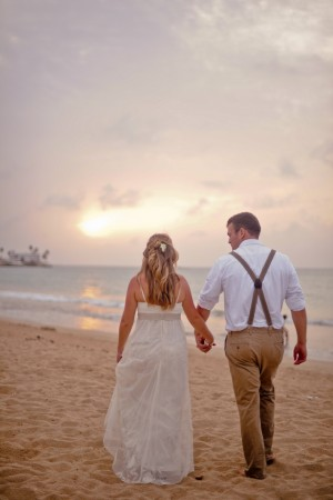 Laid-Back-Puerto-Rico-Beach-Wedding-by-Rebekah-Murray-2