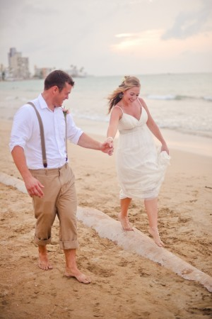 Laid-Back-Puerto-Rico-Beach-Wedding-by-Rebekah-Murray-5