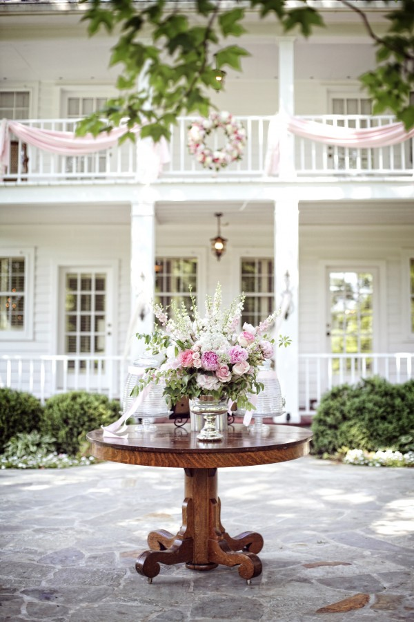 Large-Romantic-Pink-and-White-Flower-Arrangement