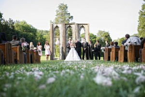 Outdoor-Cathedral-Wedding-Ceremony