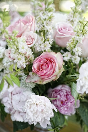 Pink-Peony-and-Rose-Flower-Arrangement