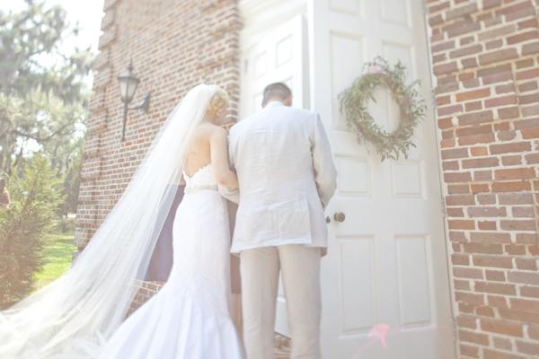 Savannah-Wedding-Jade-and-Matthew-Take-Pictures-4