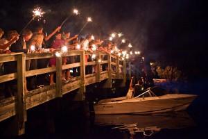 Sparkler-Sendoff-Wedding-Getaway-Boat