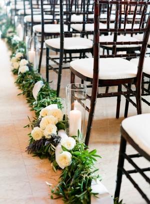 Vine-Lavender-and-Rose-Wedding-Aisle-Decor