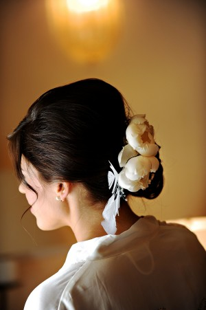 Wedding-Hair-Flowers-Updo