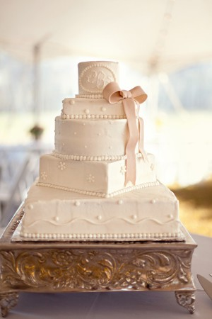 White-Fondant-Monogrammed-Wedding-Cake