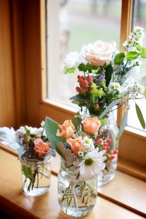 Wildflowers-in-Mason-Jars