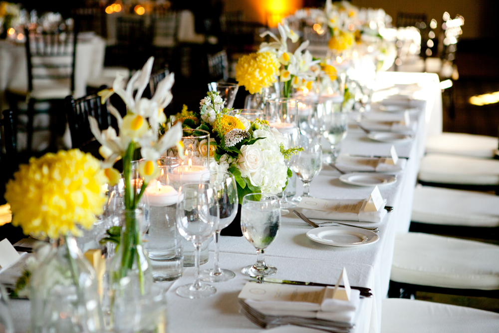 Yellow and white wedding reception table elizabeth anne designs yellow and white wedding reception table elizabeth anne designs the wedding blog junglespirit Gallery