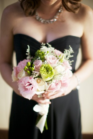 Blush-and-Chartreuse-Bouquet