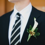 Calla-and-Ivy-Wedding-Boutonniere