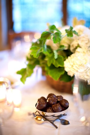 Chocolates-at-Place-Setting