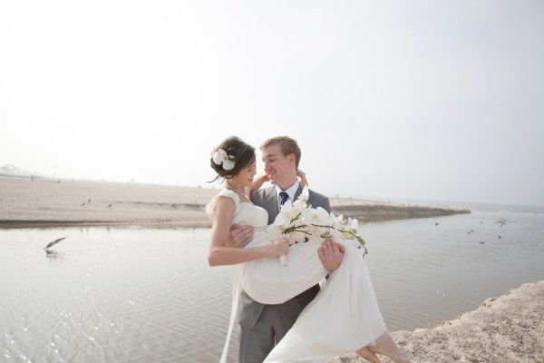 Classic-Beach-Santa-Monica-Wedding-by-Karey-Michelle-Photography-3