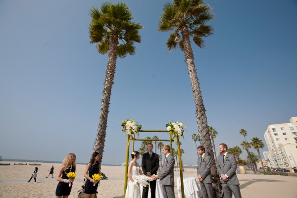 Classic-Beach-Santa-Monica-Wedding-by-Karey-Michelle-Photography-6
