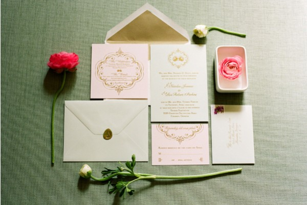 Elegant-Rose-and-Gold-Foil-Wedding-Invitation-Suite
