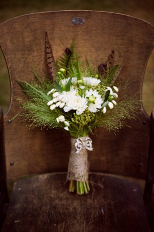 Feather-and-Greenery-Bouquet