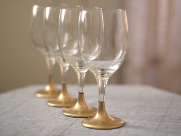 Gold-Dipped-Stem-Wine-Glasses
