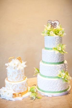 Green-White-Orange-Wedding-Cakes