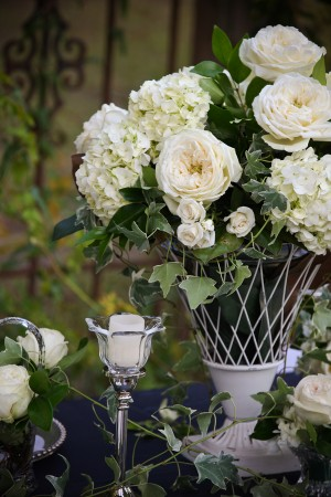 Ivy-Hydrangea-Rose-White-Wedding-Centerpiece