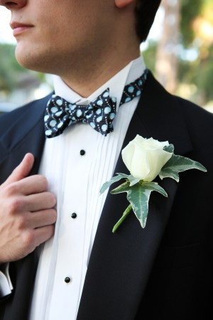 Ivy-Rose-Boutonniere